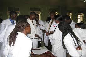 Baminisita bakkiriza bannasayansi bongerwe Omusaala