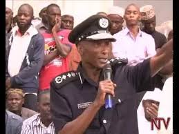 Poliisi yeddeko- Bagabi ba buyambi