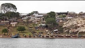 Abavubi ku Nyanja Nalubaale balangiridde okwekalakaasa