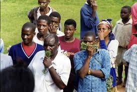 Abafiirwa ababwe mu kaloti ya Kibwetere bagala kuliyirirwa
