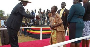 M7 and old woman