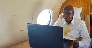 Museveni ayanukudde ab'oku twita ye