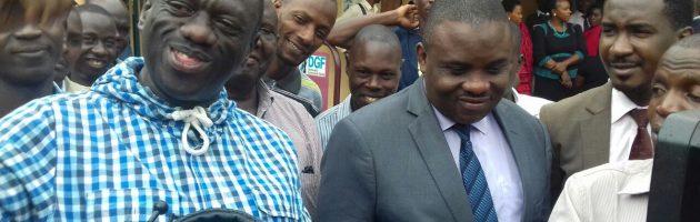 Besigye asabye bannauganda okwenyigira mu lutalo lwókufuna e mirembe gyabwe