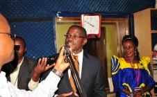 Katikkiro Mayiga mu studio za Dembe FM
