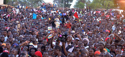 Abadde avuganya kubwa Ssentebe bwa disitulikiti yé Bukomansimbi awandusse